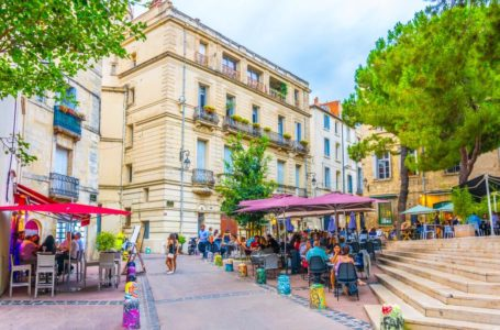 Where to eat in a friendly atmosphere in Montpellier?